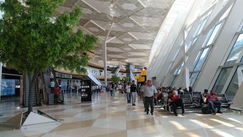Baku airport (2)