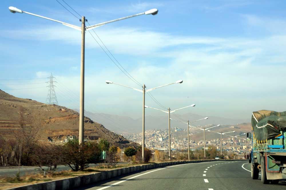 Road from Hamadan to Sanandaj